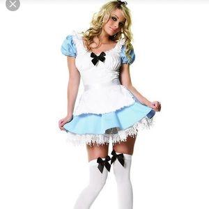 Alice in wonderland costumes L